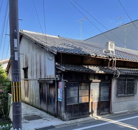 One-Story Kyo-Machiya House in Daishinin-cho, Kamigyo Ward, Kyoto