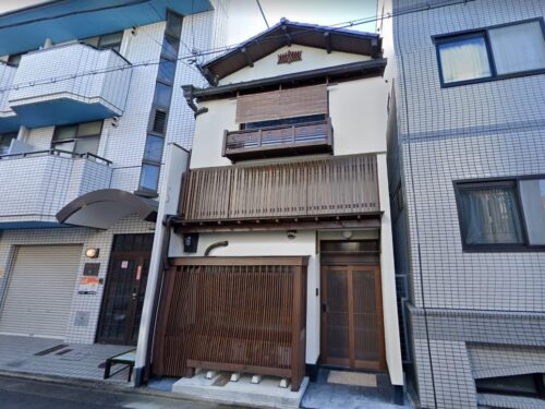 Machiya-like Renovated House in Higashiyama, in Ikedono-cho, Two-Stories for Sale in Kyoto