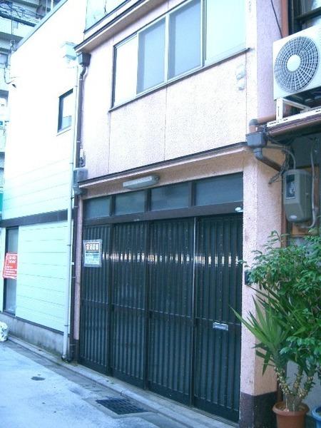 Leased House on Miyagawasuji Street in Gion, for Investment, for Sale in Higashiyama Ward, Kyoto