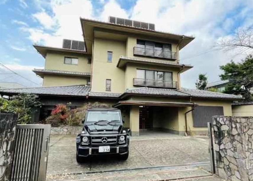 Price Changed: Rakufoku State Guest House in Shichiku Kamihonmachi, with Gozan view, for Sale in Kita Ward, Kyoto