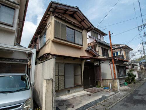 Two-Story House with Car Garage for Mini, in Shugakuin Mizukawaracho, for Sale in Sakyo Ward, Kyoto