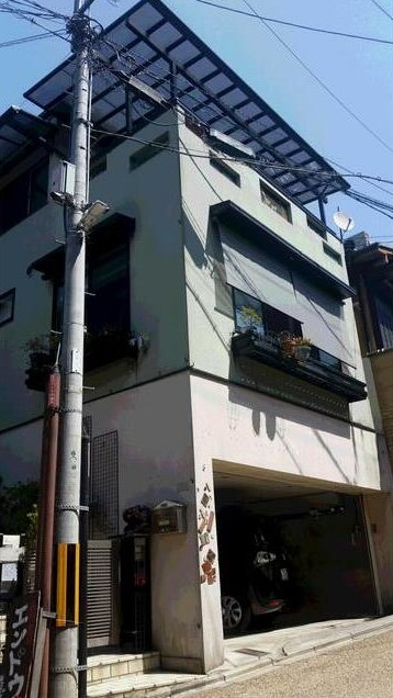 House in Higashiyama Ward, near Kiyomizu temple, 1-min Walk to Sanneizaka (Sannenzaka) , for Sale in Kyoto