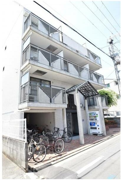 Apartment for Investment, near Doshisha University, for Sale in Kamigyo Ward