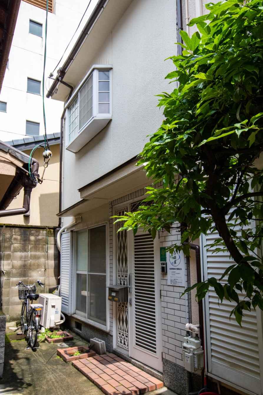 Used House in Gojobashi Higashi Ni-chome, near Kamogawa-River, for Sale in Higashiyama Ward, Kyoto