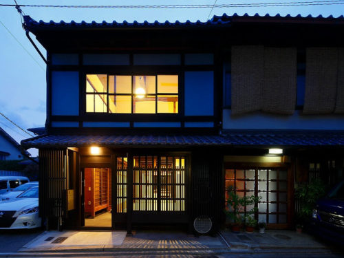 Well Renovated Kyo-Machiya House in Kamishichiken, for Sale in Kamigyo, Kyoto