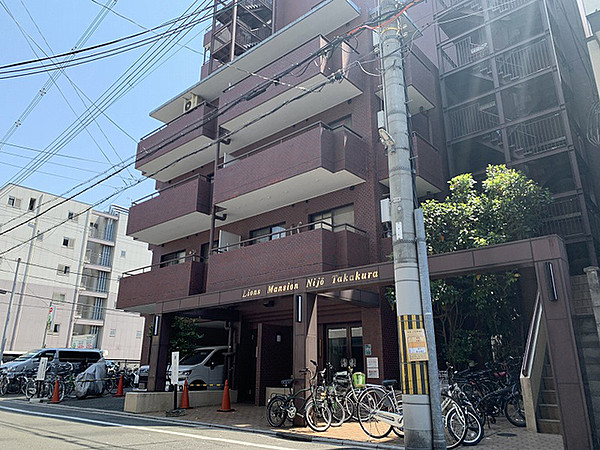 Price Changed: Lions Mansion Nijo Takakura, Renovated Condo Apartment for Sale near Karasuma Oike Stn.