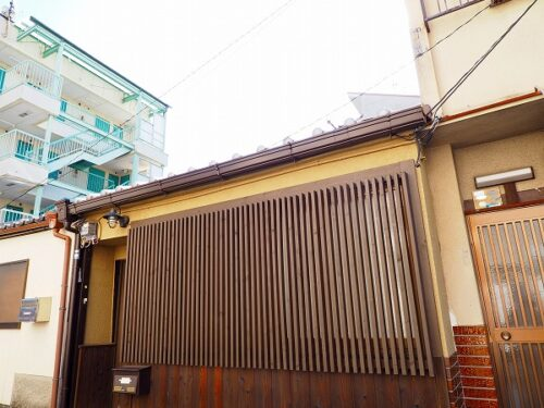 Renovated One Story Machiya Guesthouse for Sale in Mibu, Nakagyo