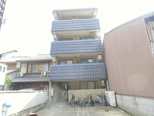 For Investment, 4-Stories Residential Building in Kamigyo near Doshisha University