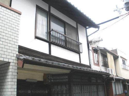 Machiya near Nijo Castle, on Corner Plot, for Sale in Nakagyo, Kyoto