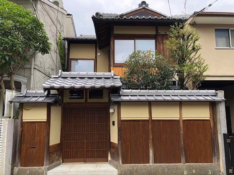 Renovated Kyo-Machiya in Quiet Residential Area, for Sale in Kyoto