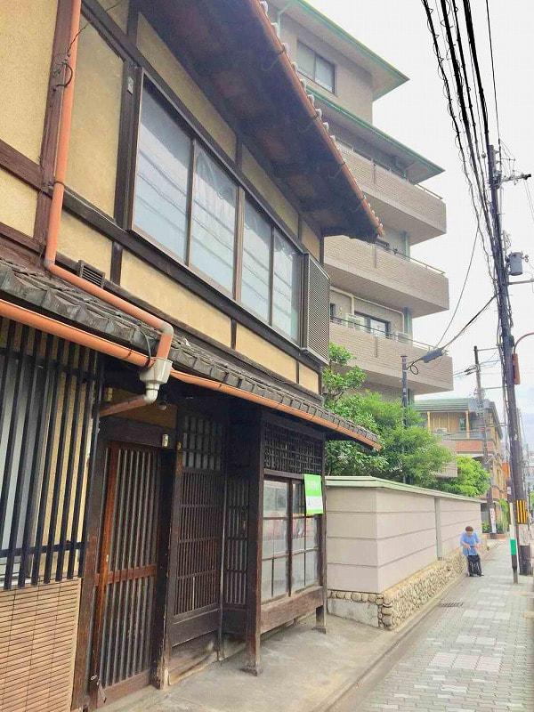 Machiya near Kiyomizudera Temple, Sanjusangendo Temple and Kyoto National Museum