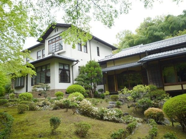 House which was built in Taisho period, near Biwako canal path for Sale