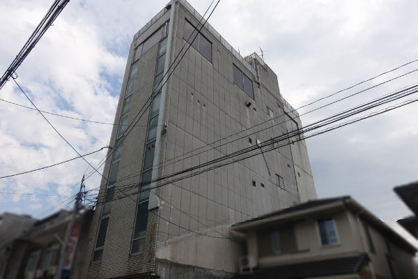 7-Story Commercial Building in Gion, Higashiyama, for Sale in Kyoto