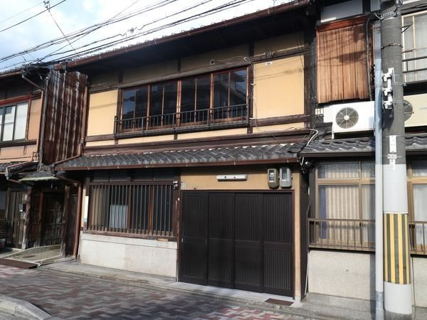 Big size Machiya near Nijo castle, for Sale in Nakagyo, Kyoto