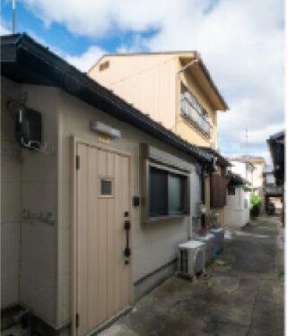 Renovated One-Story Kyo-Machiya House in Nishikujo Harikojicho, for Sale in Minami Ward, Kyoto