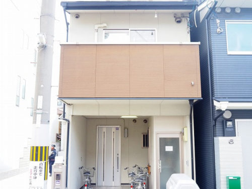 Renovated House in Higashiyama near Kamo River, for Sale in Kyoto