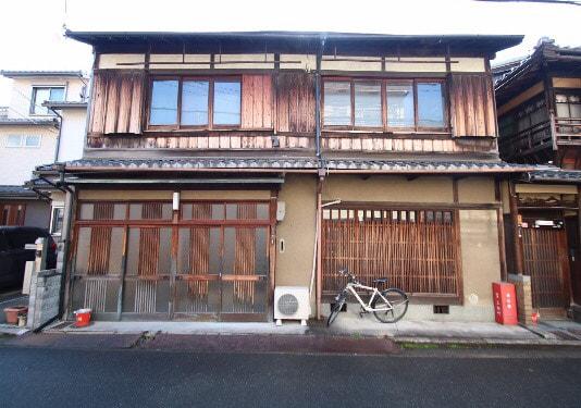 Machiya at North of Nijo Castle for Sale in Kamigyo, Kyoto
