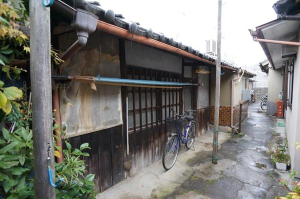 Price Changed: Wakamatsu-cho House, for Sale in Kamigyo, locates walking distance to Kamishichiken