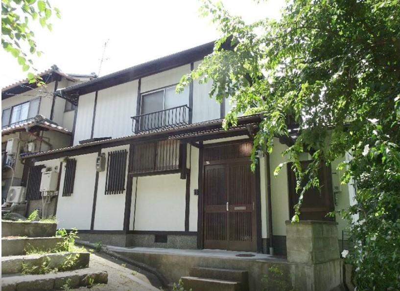 Price Changed: Yoshidanakaojicho House, House close to Yoshida Shrine in Sakyo Ward